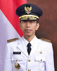 Jangan Jadikan Jokowi Sebagai Pahlawan (1/6)
